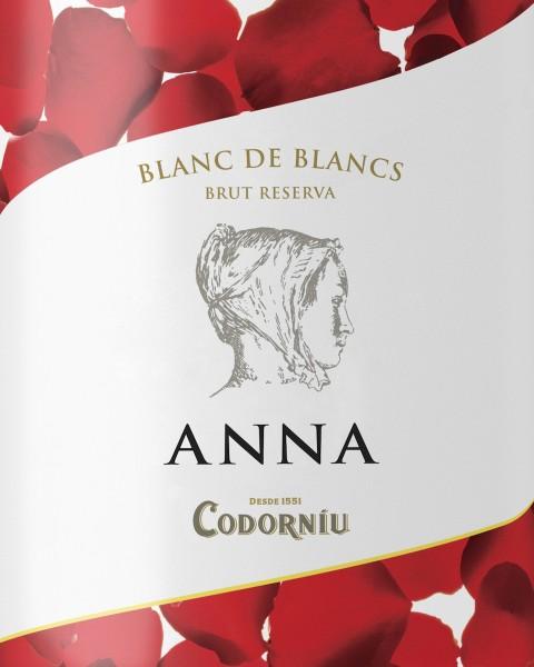 """Celebra San Valentín con la edición especial """"Anna Love"""" de Codorníu, disponible en la Venta Nueva"""